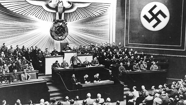 HItler 19 July 1940.jpg