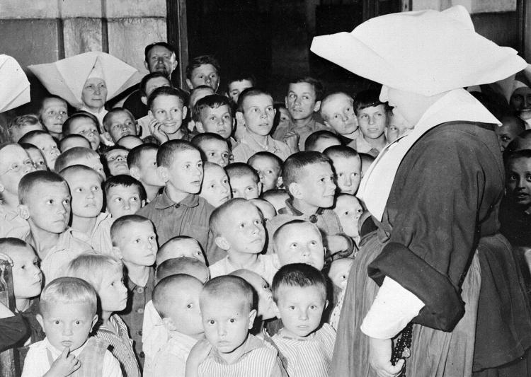 war orphans poland